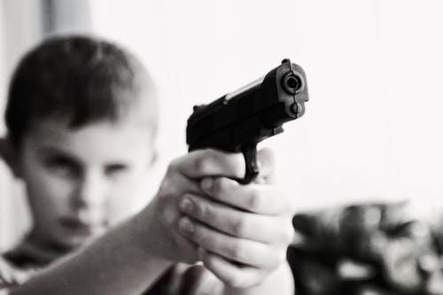 weapon-violence-children-child-52984