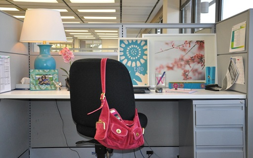 Freshen Up Your Working Environment With These Effective Tips 3 Personalize their Working Space