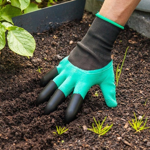 How to Easily Find Everything for Your Garden 7 Garden Gloves - Copy