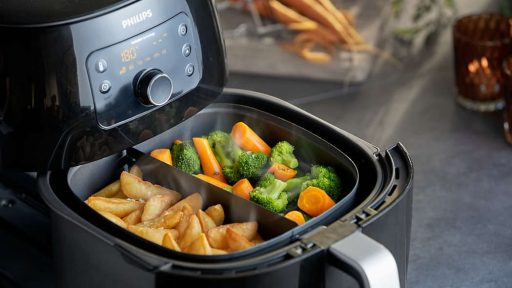 7 Ways to Cook Food and Keep Most of Its Nutrients 3 Air Frying